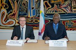 Jacques Comby et Abdou Diouf