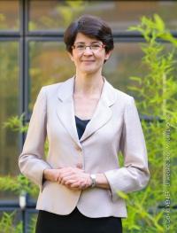 Marie Ledentu  Doyen de la Faculté de Lettres et Civilisations